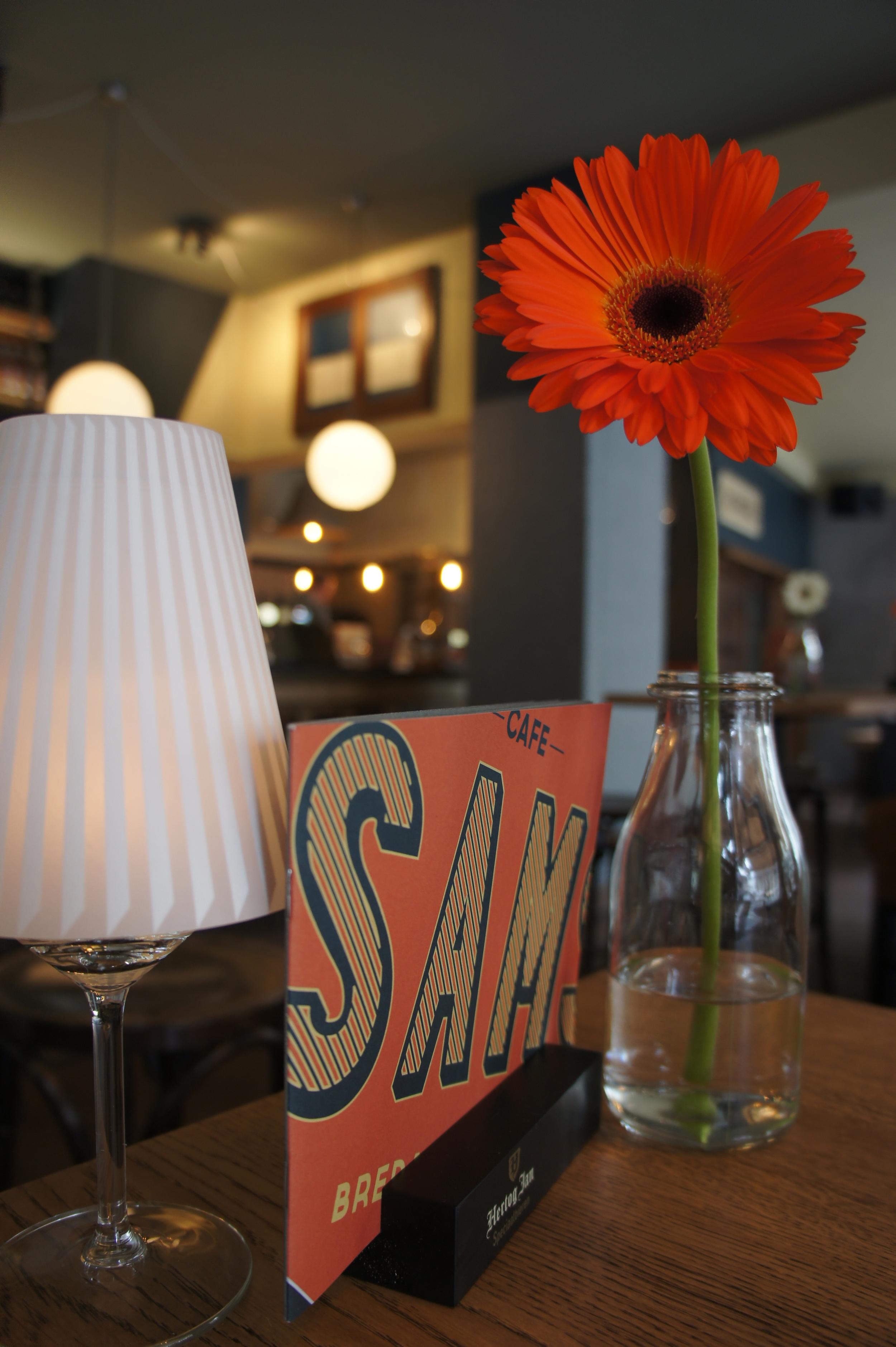 cafe samsam2.jpg